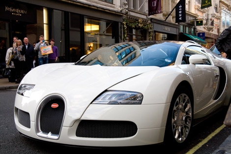 car-bugatti