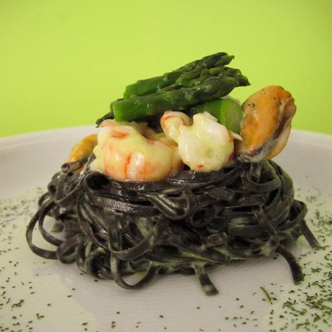 tagliolini.seppia-asparagi-mariella-