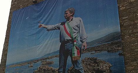 Angelo-Vassallo-Acciaroli-funerali-poster-torre