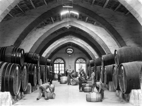 Cantine-Florio-1920-Archivio-TCI
