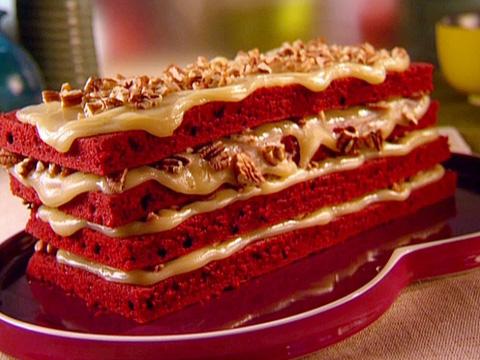 food-porn-red-velvet-cake