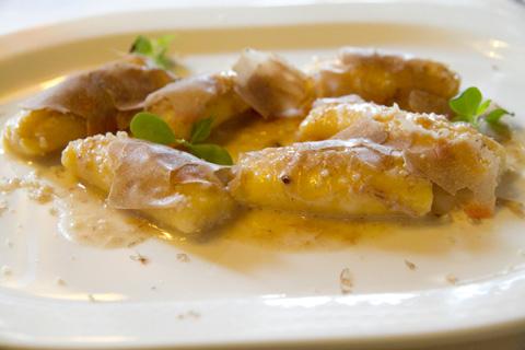 piastrino-gnocchi-patate-noci-tartufo