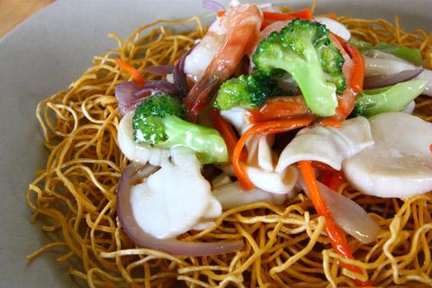SF-crispy-egg-noodles