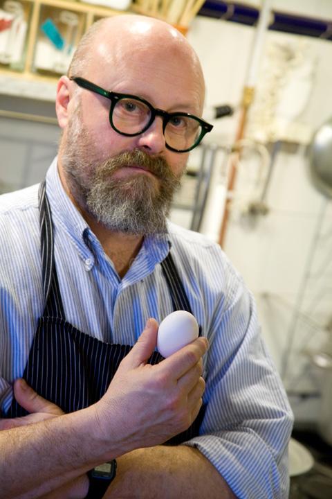 paolo-parisi-e-uovo