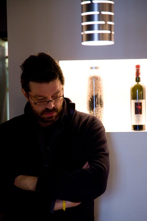 Fabio-Spada-nicchia-vino-Glass