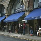 Il sabato mattina a Londra la spesa di qualità è al Maltby Street Market