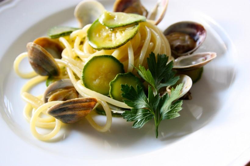 spaghetti-vongole-e-zucchine-di-Scatti-di-Gusto-6
