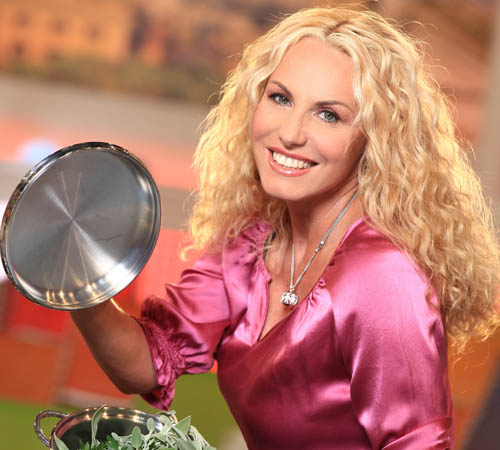 Antonella Clerici vs Masterchef. Guarda come ti cucino il talent show