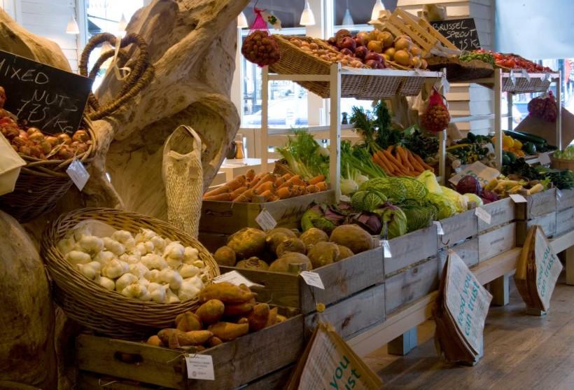 daylesfordorganic-Londra-banco-verdura