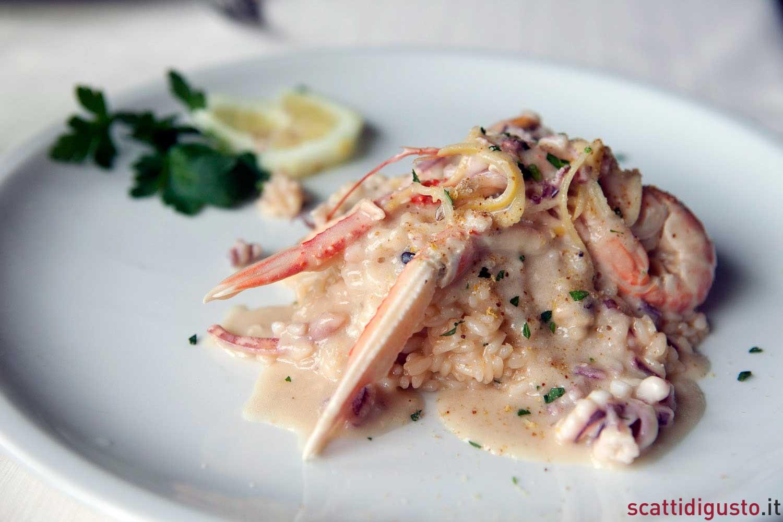 L\'oro di Napoli/16 Terrazza Calabritto, cibo chic e vista sulla città
