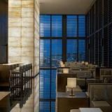 La disfatta dell'aperitivo chicchissimo all'Armani Hotel di Milano