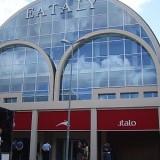 Roma. Eataly - Italo, così vicini così lontani separati all'apertura dal recinto