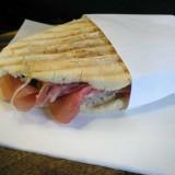 De Santis ha forse inventato il panino gourmet a Milano, Roma e Pavia?