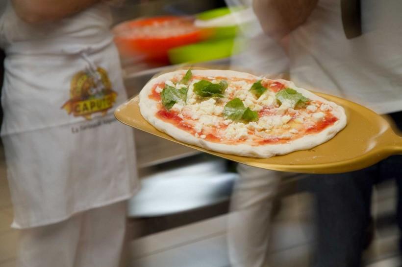pizza-centimetro-per-centimetro-Vico