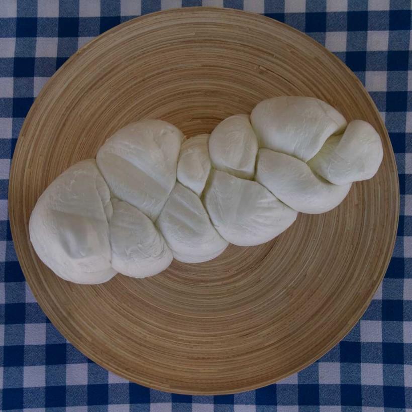 treccia-bufala-da-4-kg-la-cardonia-Paestum