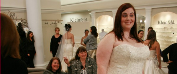 ... da uno dei negozi di abiti da sposa più forniti al mondo, il