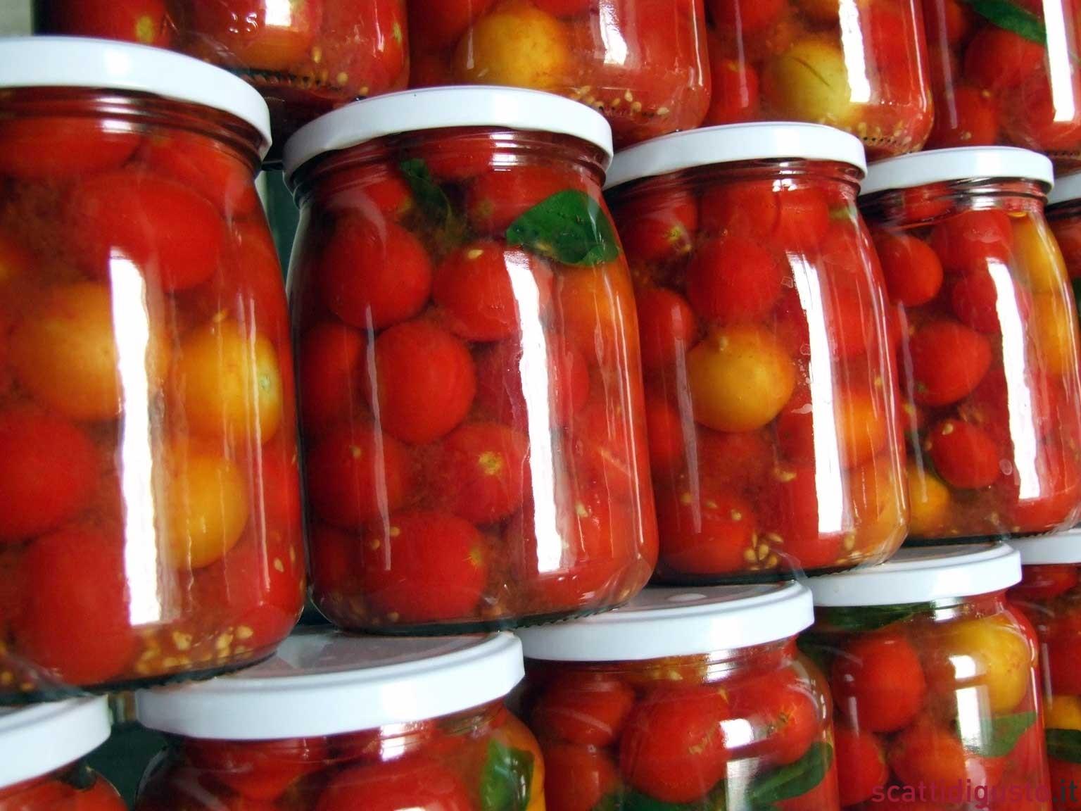 Стерилизация помидор в банках рецепты