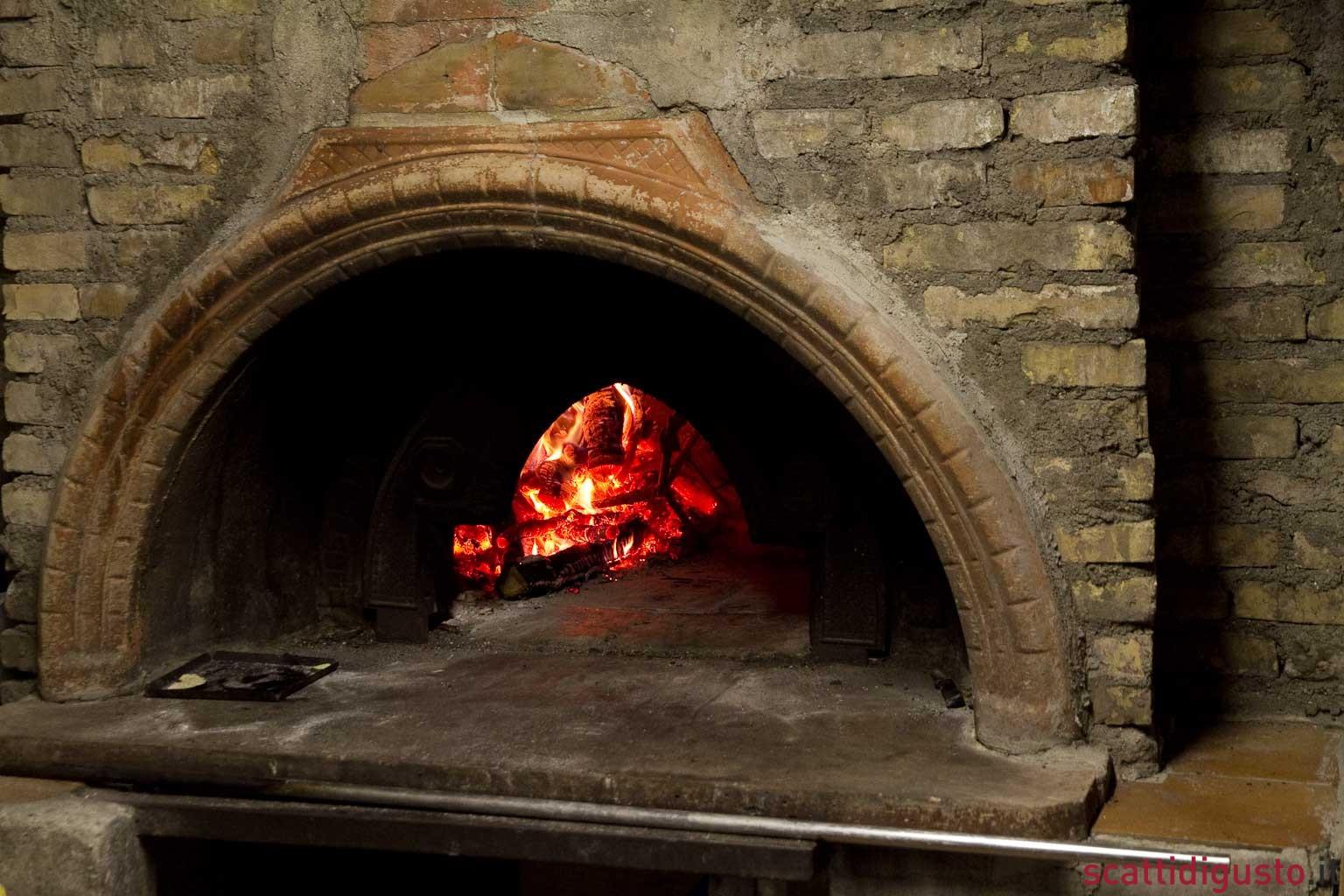 Report. La puntata sulla pizza non è un attacco (solo) a Napoli