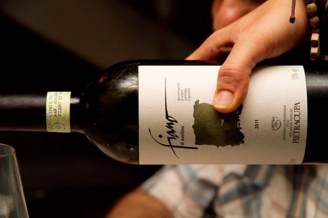Top ten vini. Il Fiano di Rocca del Principe un soffio su Picariello