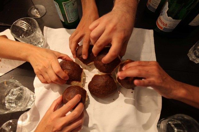 Social Eating. Un codice etico vuole salvare l'home restaurant