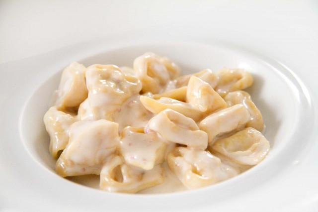 tortellini-super-panna-Massimo-Bottura