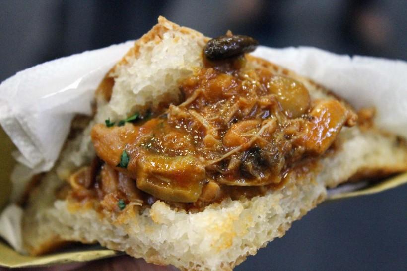 Lo street food cresce sul web. Con la mappa degli hamburger di Milano, ad esempio