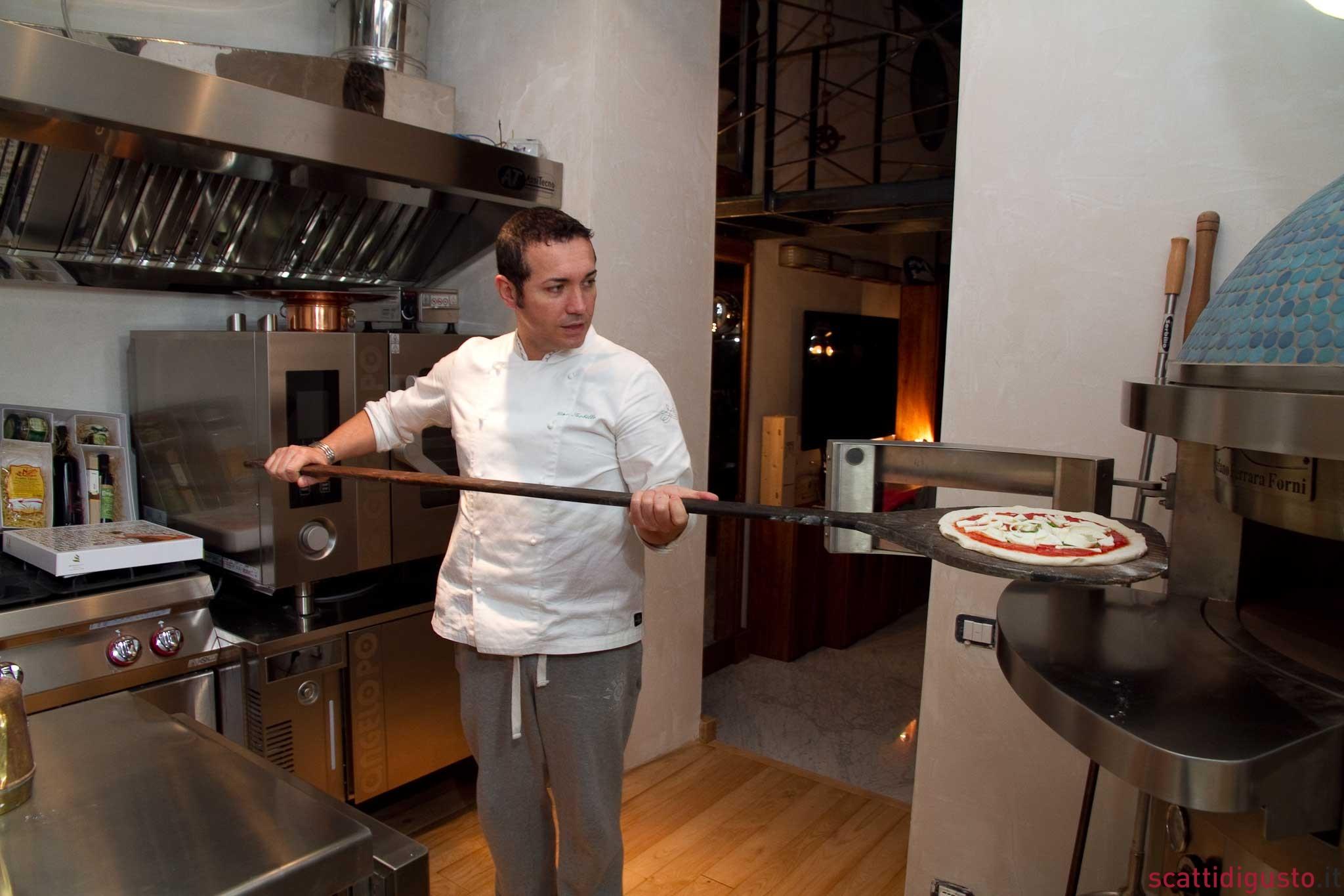 Pizza napoletana la cottura e i campioni del forno for Forno per pizza a gas