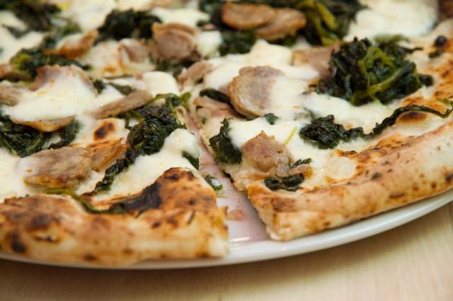 pizza-salsiccia-broccoli-pizzeria-Salvo-nuova