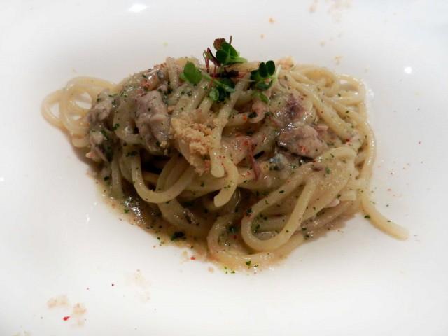 Osteria-Rosso-di-Sera-spaghettoni-con-le-sarde