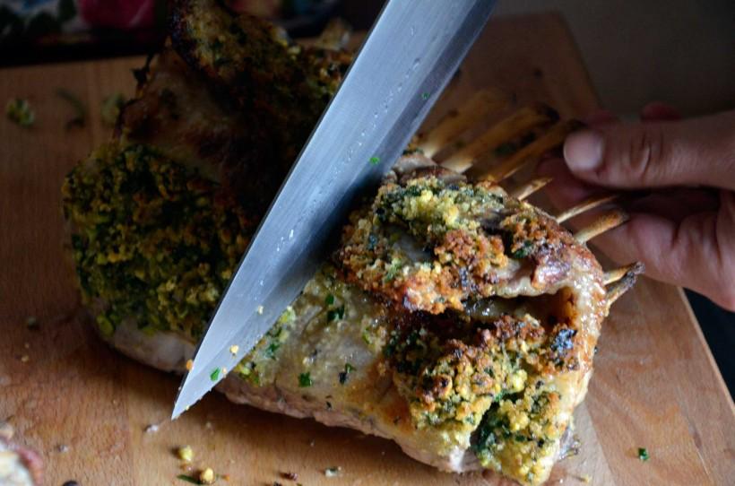 carré-d'agnello-con-patate-alla-provenzale-07