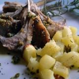 Agnello al forno con patate alla provenzale: una ricetta da film