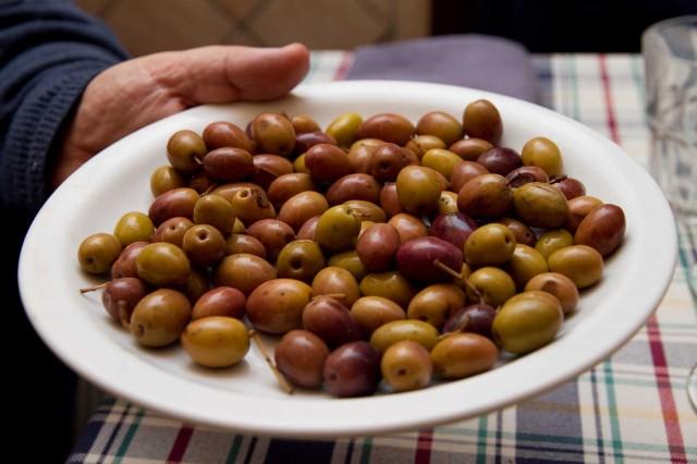 olive-caiazzane-agriturismo-Sangiovanni