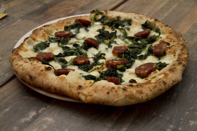 pizza Lazzaroni presidi campani salsiccia di Gioi Cilento