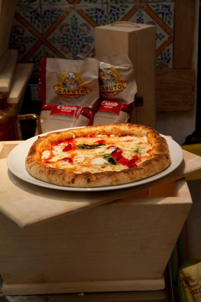Prova del cuoco ricetta pizza da fare a casa con cornicione ripieno - Pietra refrattaria da forno ...