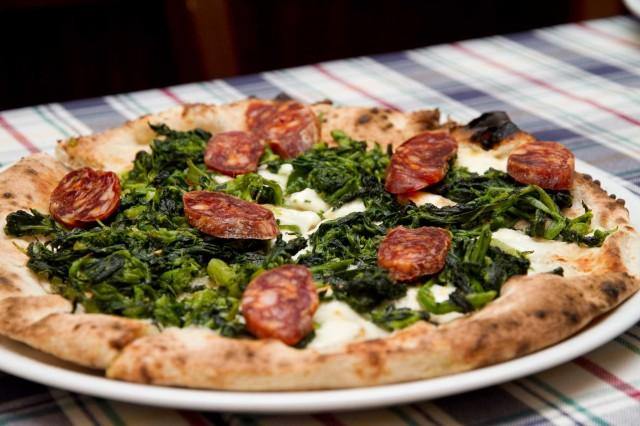 pizza-salame-Gioi-Cilento-Gatta-Mangiona