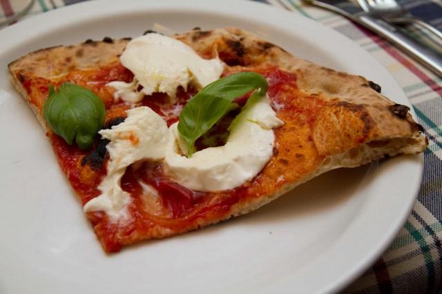 pizza-supermargherita-Gatta-Mangiona