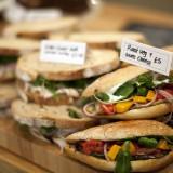 Attendant-Cafè-Londra-panini