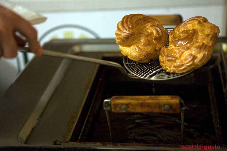 come-fare-le-zeppole-di-san-giuseppe-fritte-01