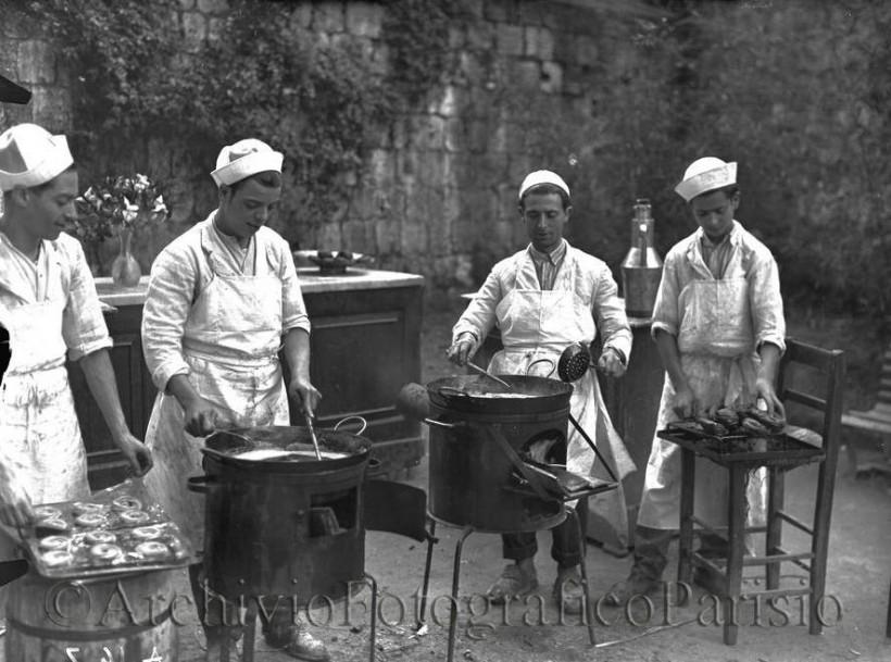 friggitori ambulanti di zeppole di San Gennaro