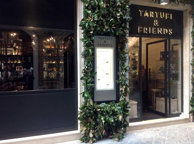 tartufi-&-Friends-vetrina-Roma