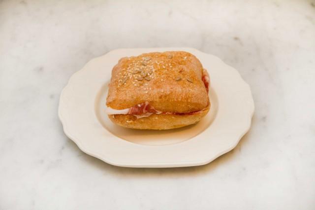 panino-prosciutto-Settembrini-Roma-1