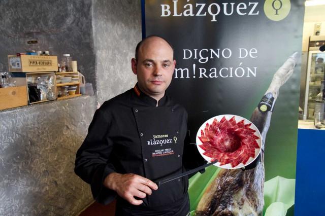 Anselmo-Perez-cortador-jamon-Blazquez