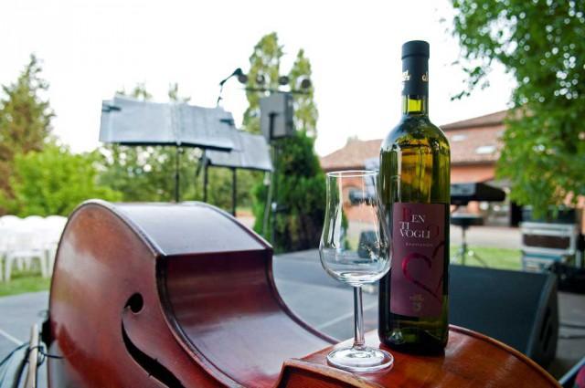 Zola-Jazz'n-Wine