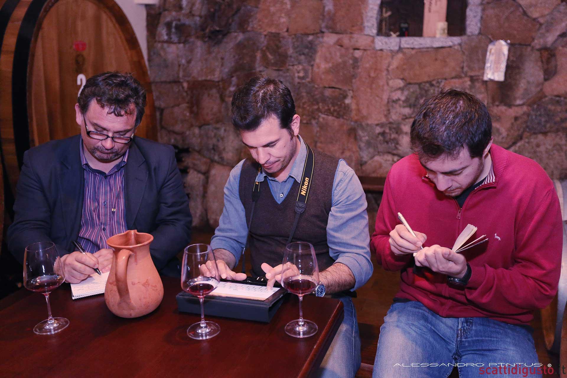 assaggi-vini-Montisci-Cannonau-appunti
