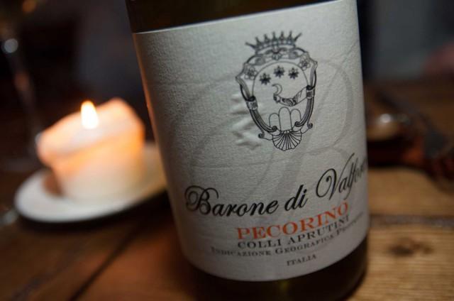 vino-pecorino-barone-di-Valforte