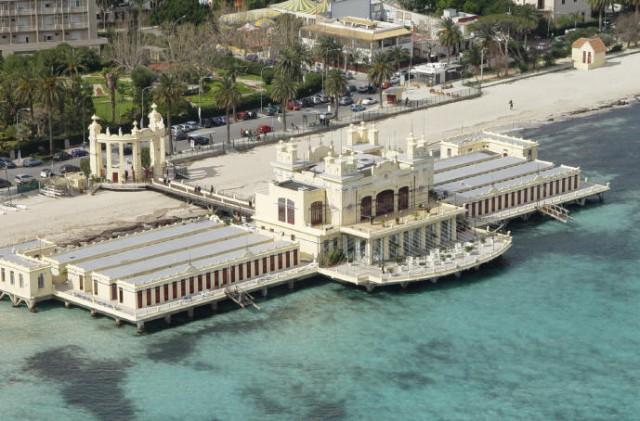Antico stabilimento balneare liberty Mondello