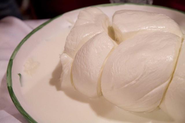 mozzarella-di-bufala-treccia