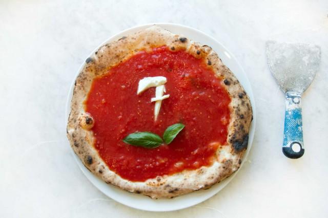pizzeria-Sorbillo-Lievito-Madre-a-Mare-Napoli-sette