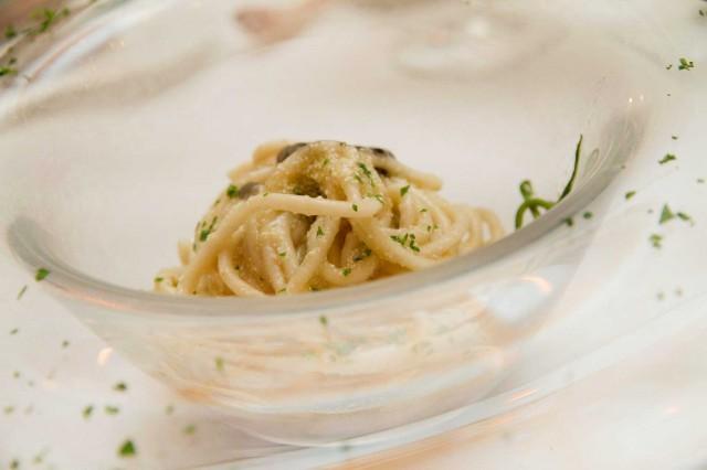 spaghetti-aglio-olio-Taverna-del-Capitano-Nerano