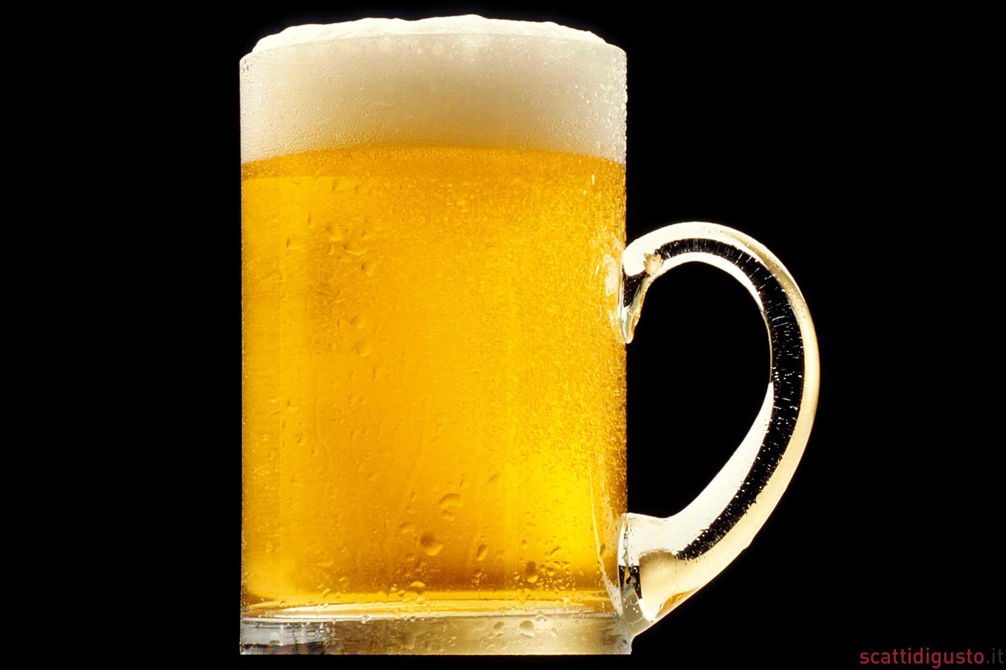 Alcolismo da adolescente della ragione statistica